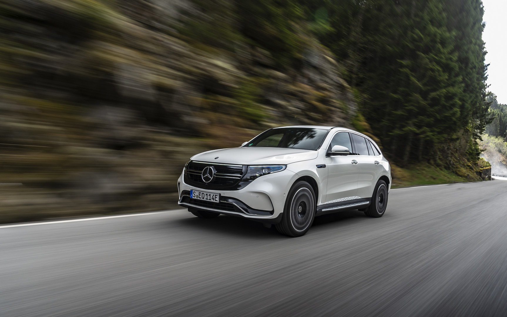 Mercedes Benz Eqc 400 Five Things You Should Know Gtspirit