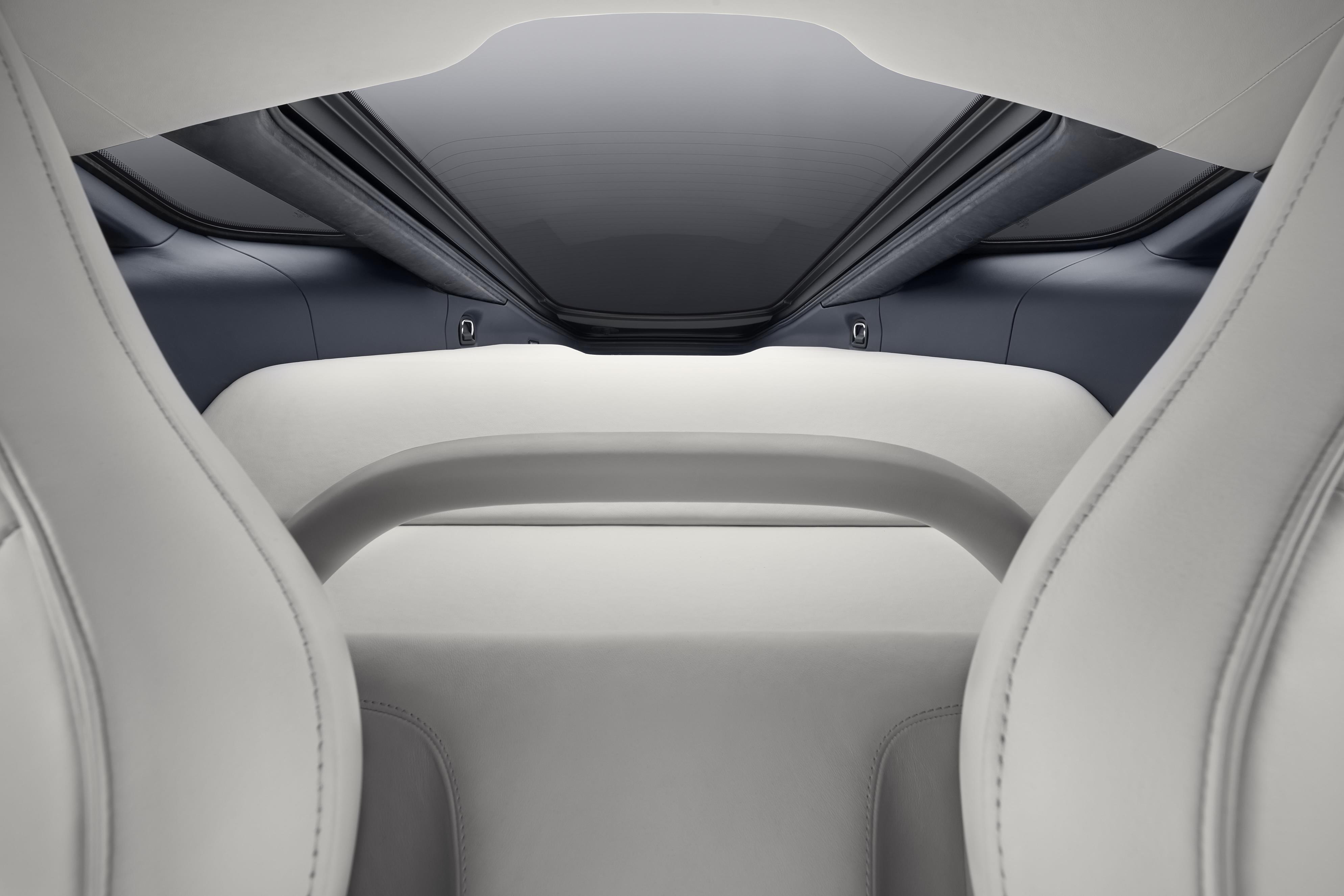 McLaren GT Roof View