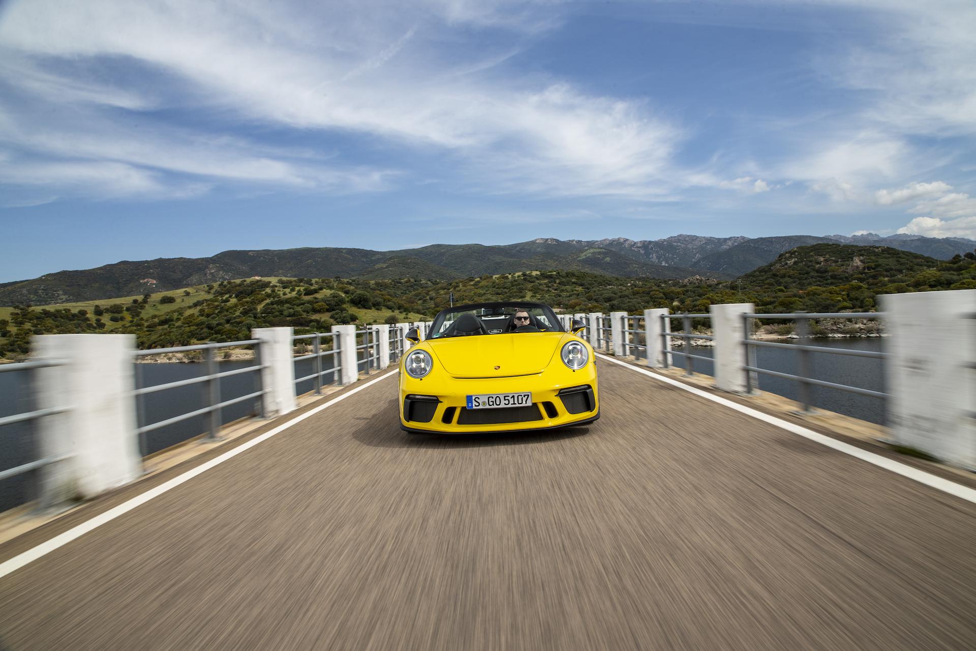 2019 Porsche 911 Speedster Review