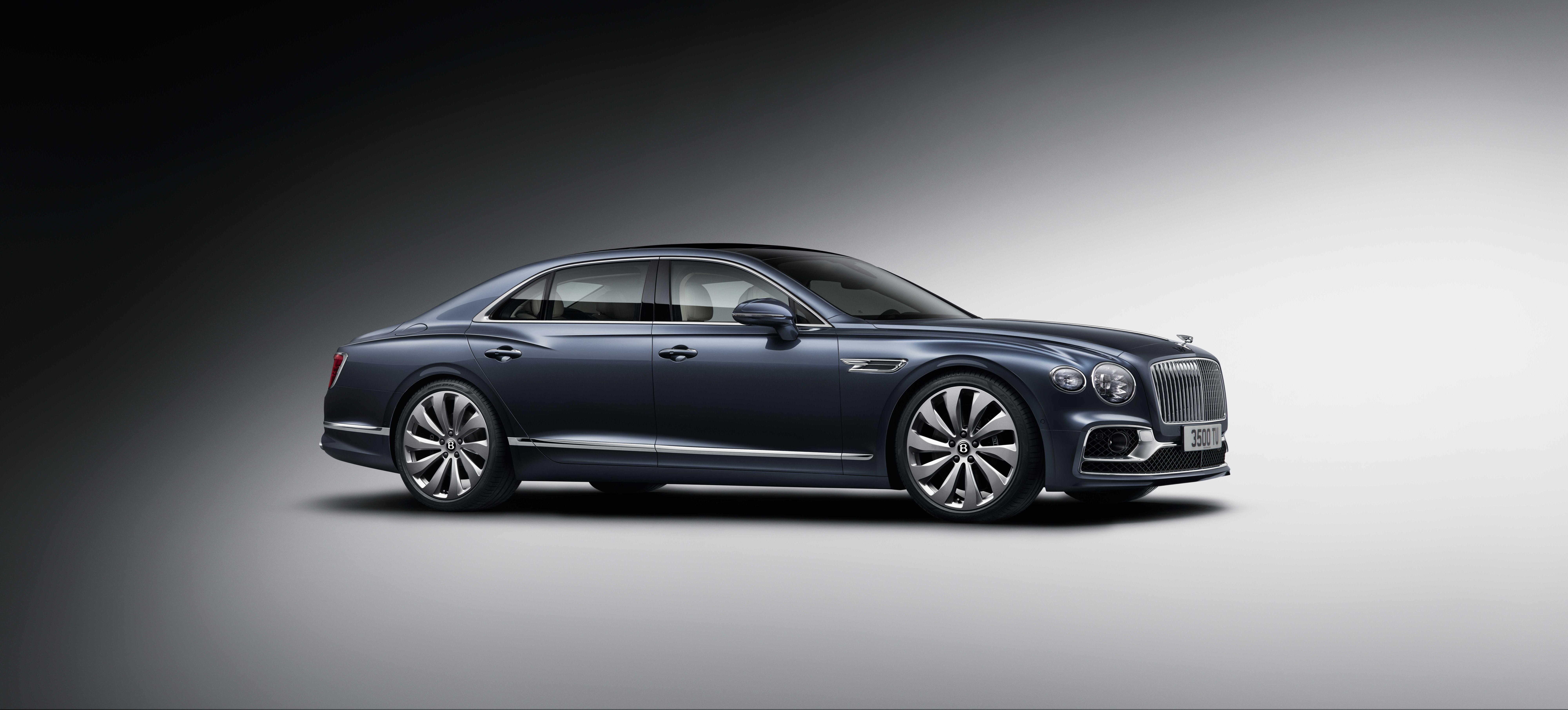 2020 Bentley Flying Spur Side View
