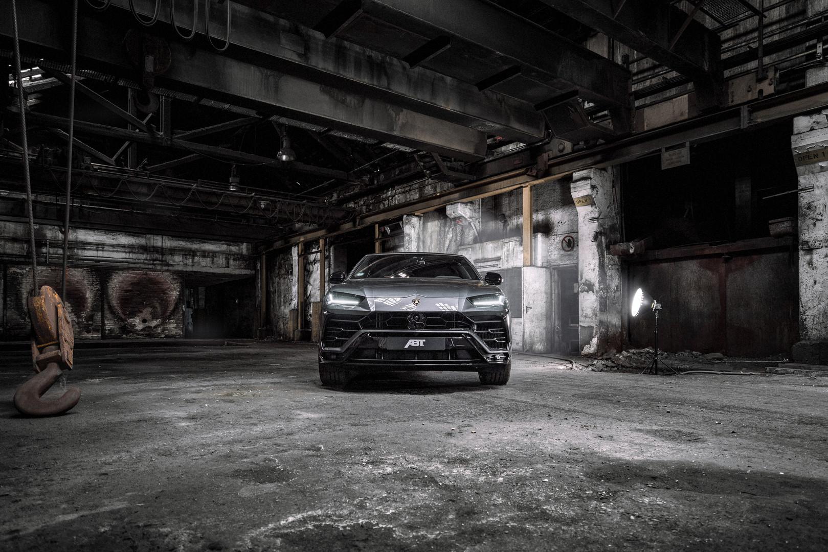ABT Lamborghini Urus Front