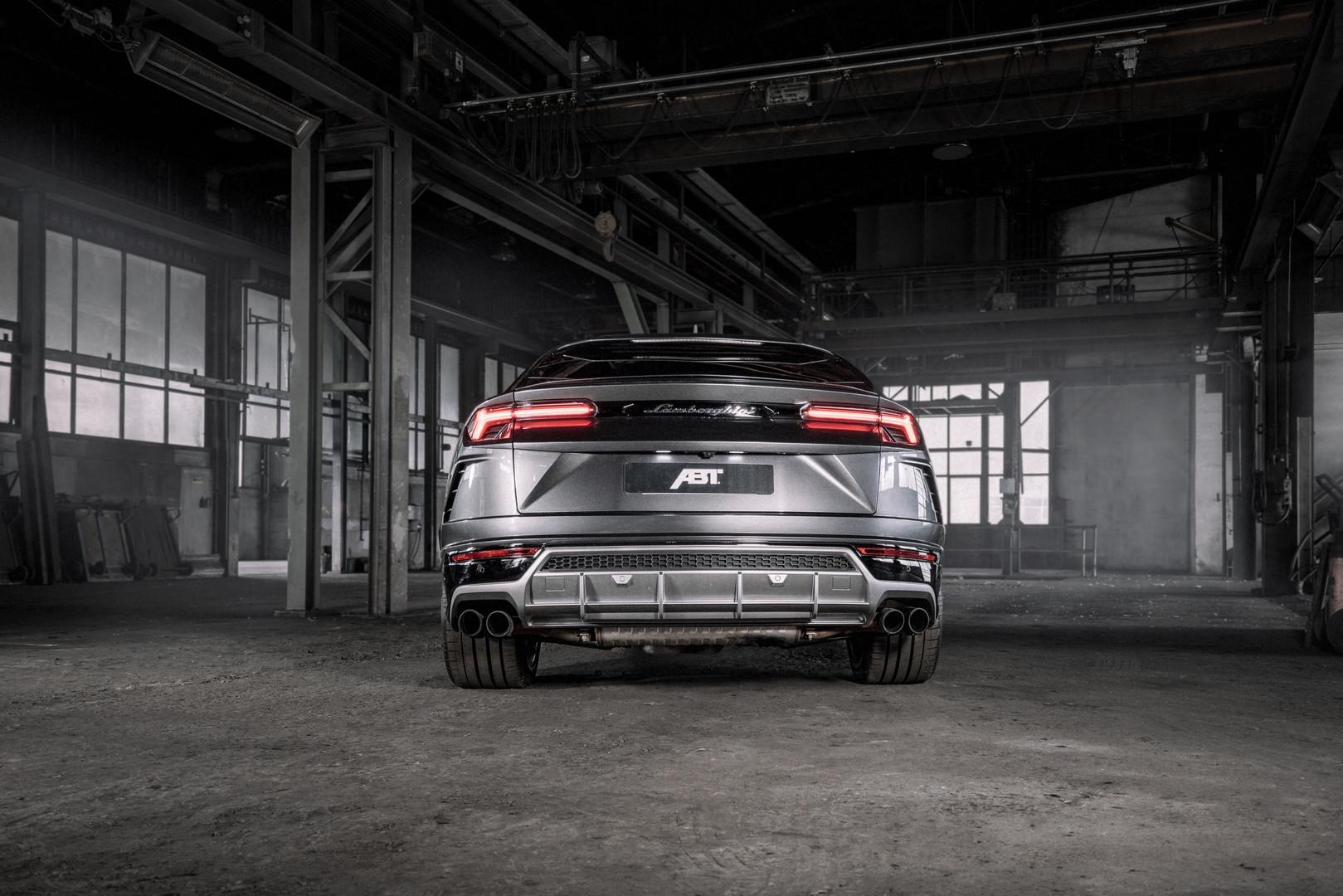 Lamborghini Urus Rear Lights