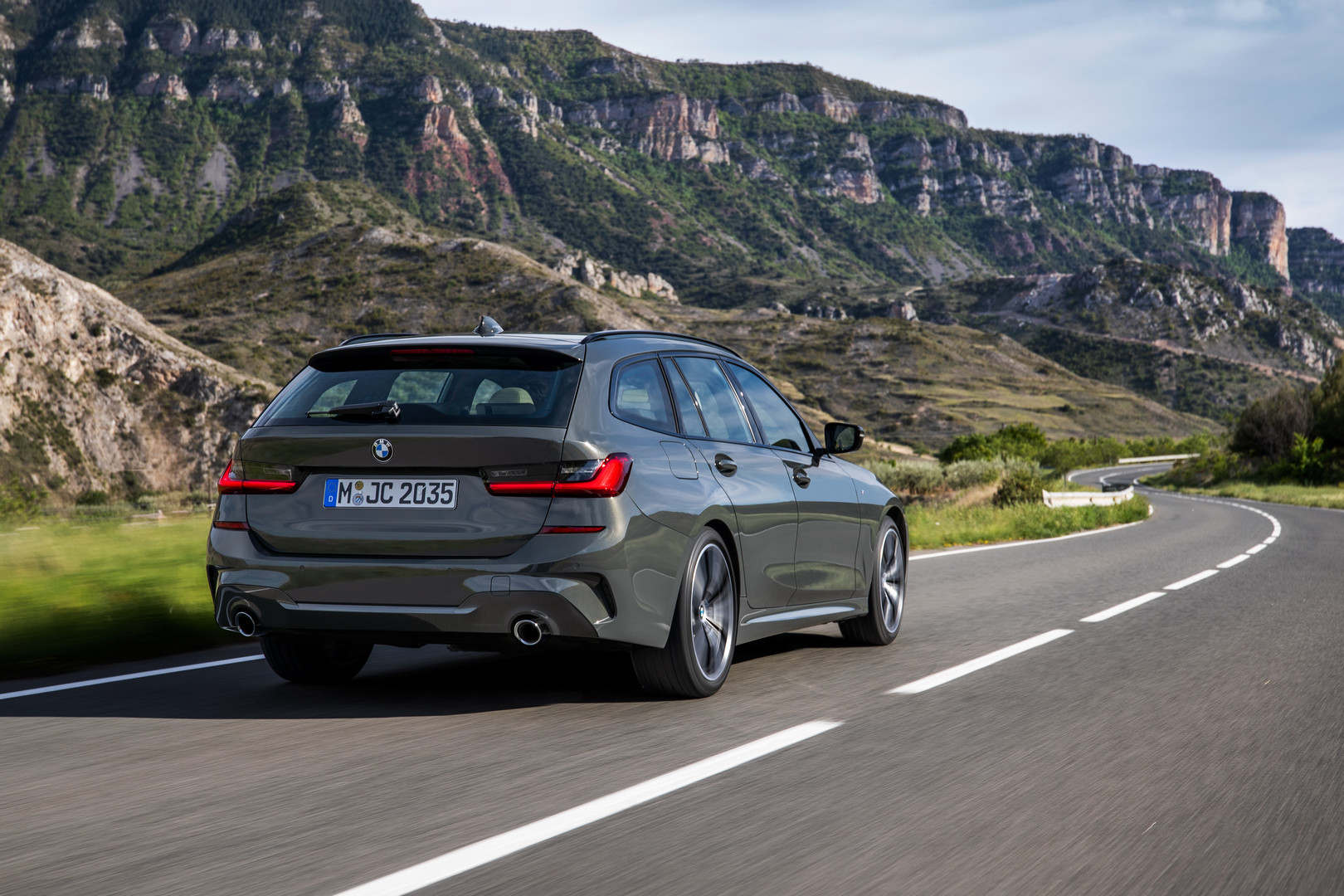 2020 BMW 3 Series Touring Rear View