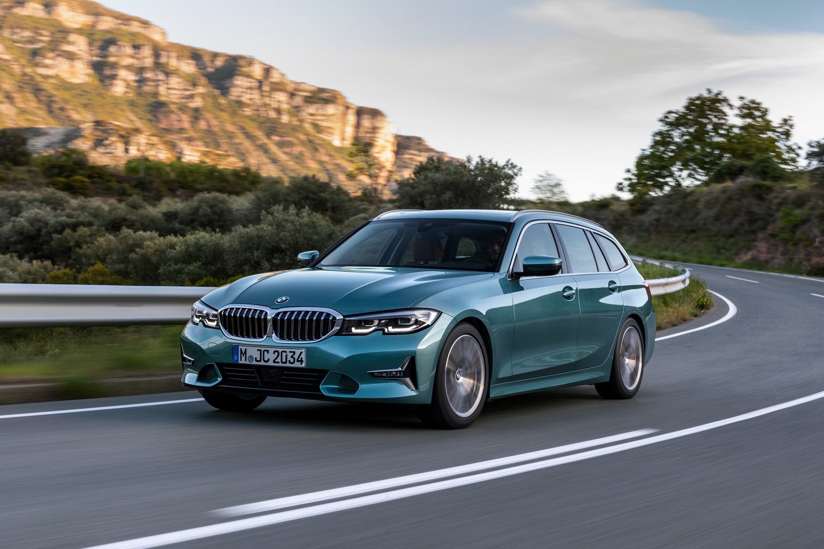 2020 BMW G21 3 Series Touring is Here