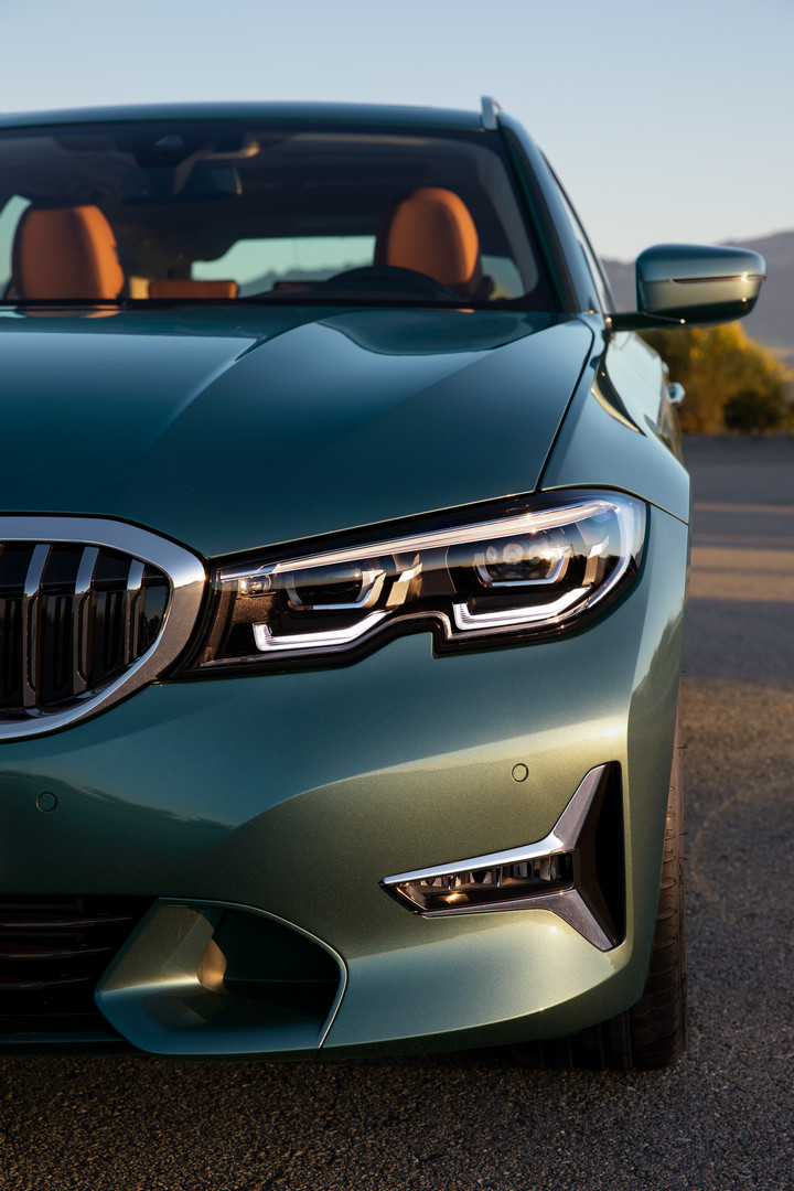 2020 BMW 3-Series Touring Headlight