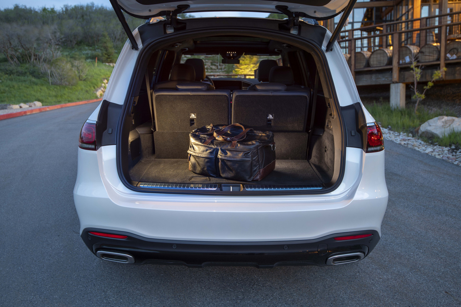 2020 Mercedes-Benz GLS Trunk Open
