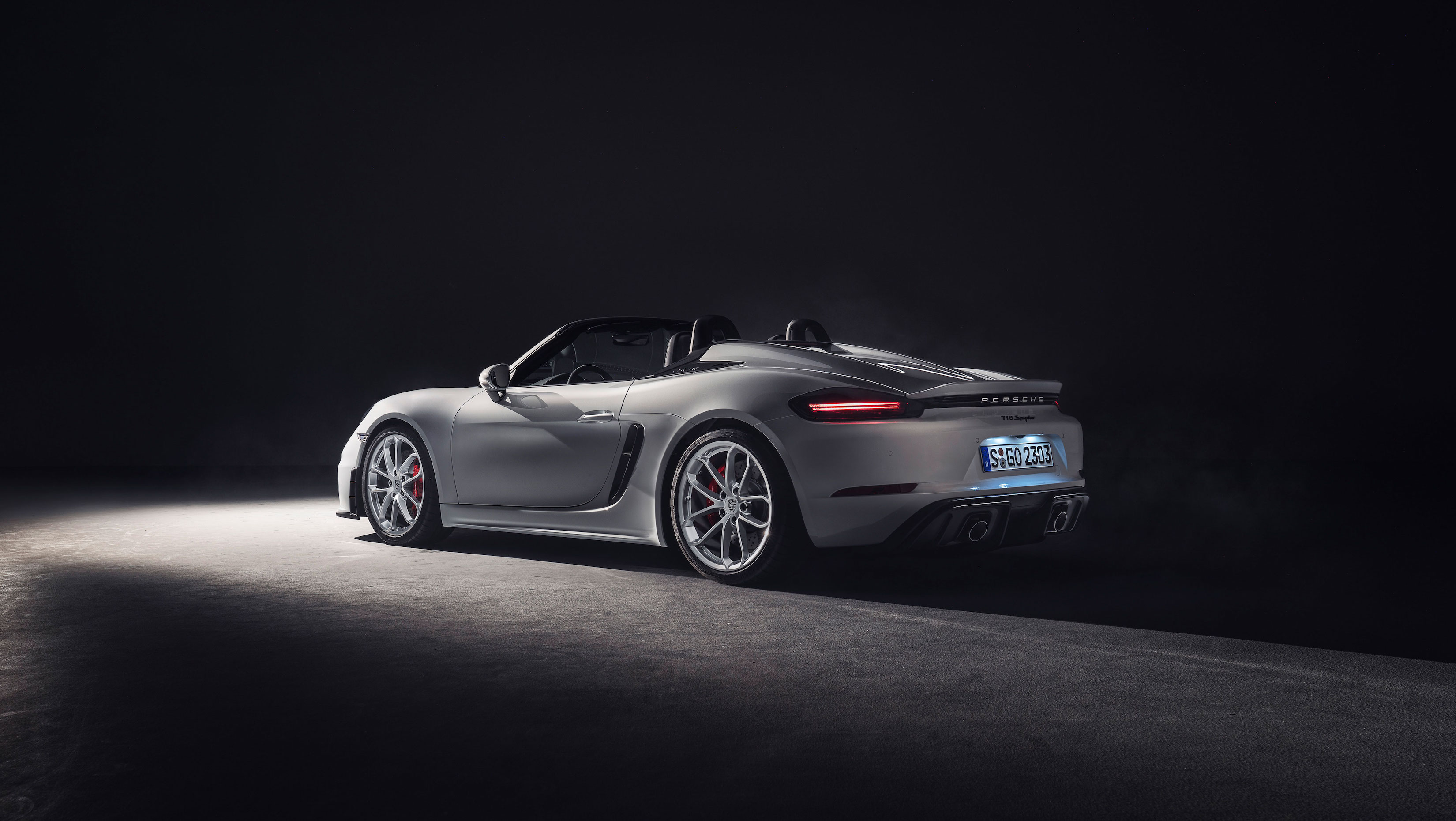 Porsche 718 Boxster GT4 Side View