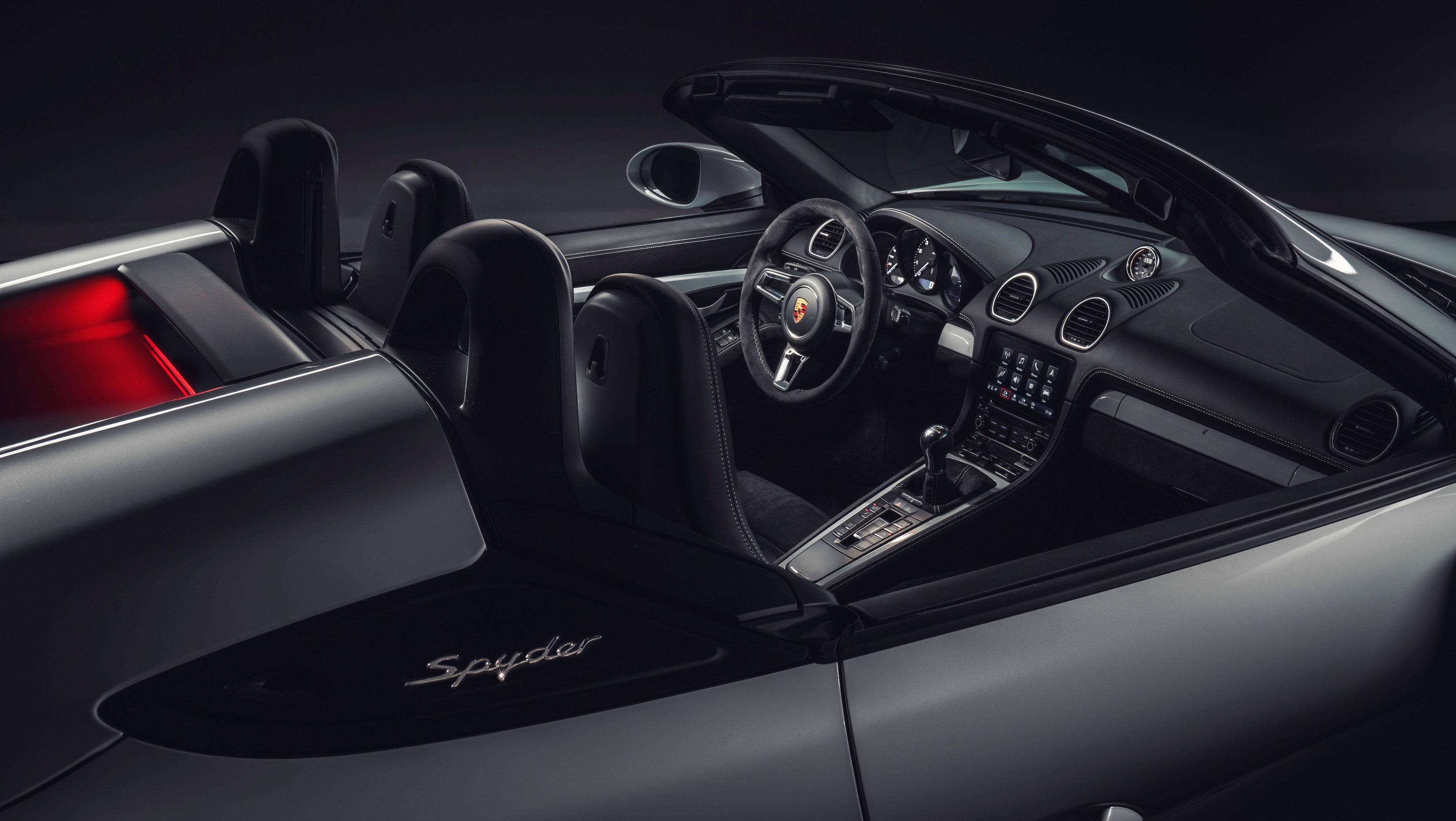 Porsche 718 Boxster GT4 Interior
