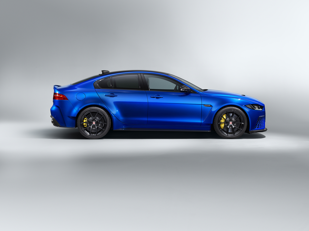 Jaguar XE SV Project 8 Touring Side