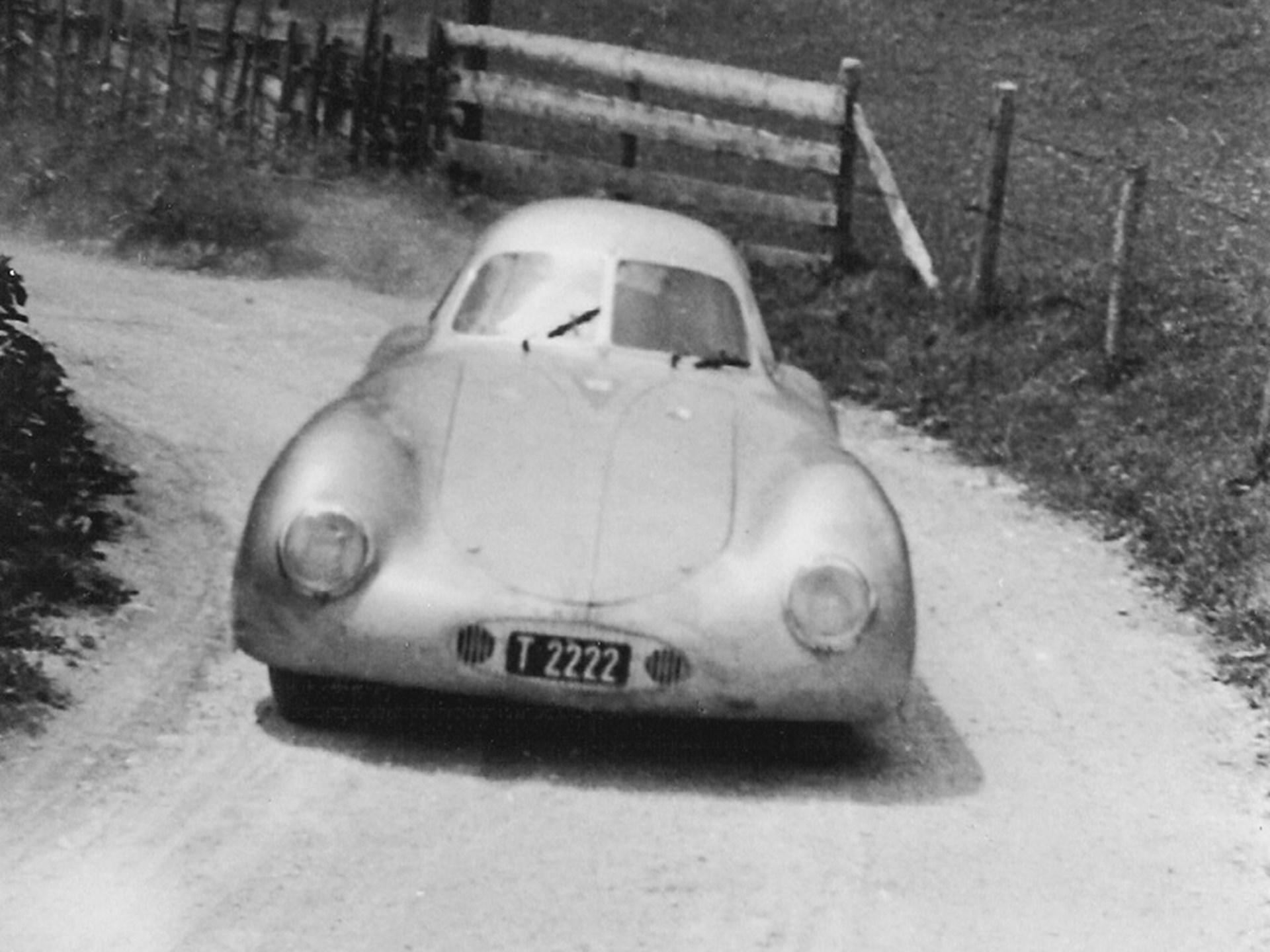 1939 Porsche Type 64 Wallpaper