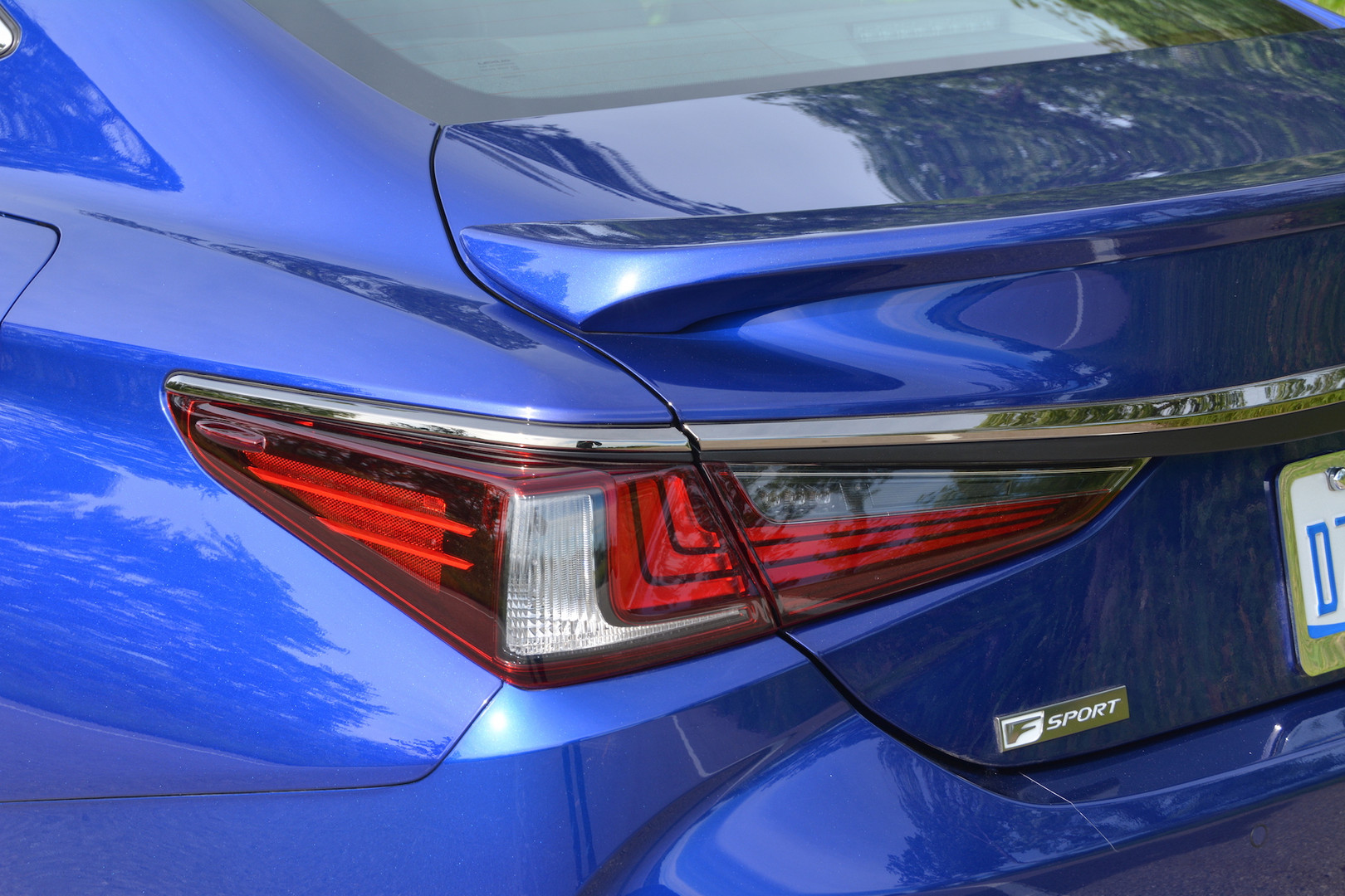 2019 Lexus ES 350 F Sport Rear Lights