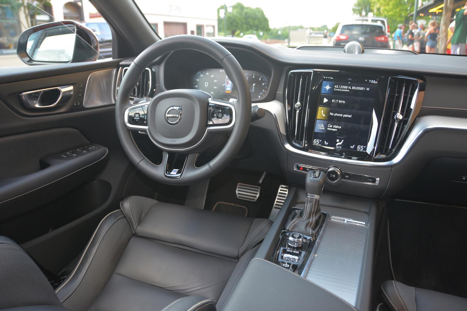 2019 Volvo S6 Interior