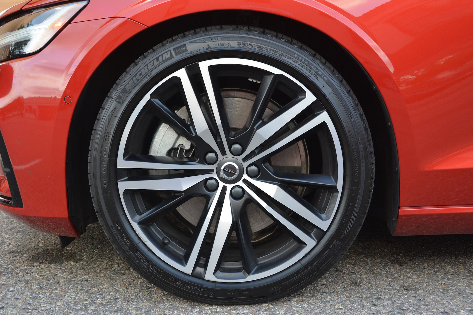 2019 Volvo S60 Wheels