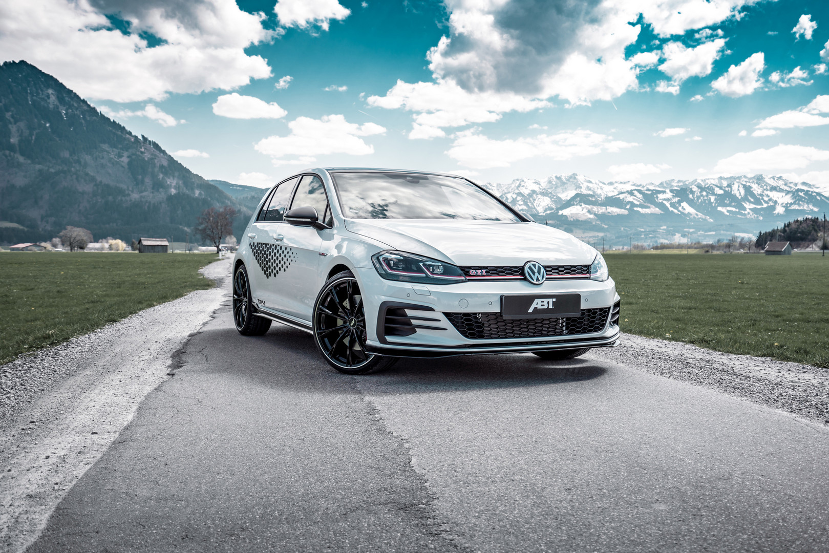 ABT Gives New Volkswagen Golf GTI TCR 340hp