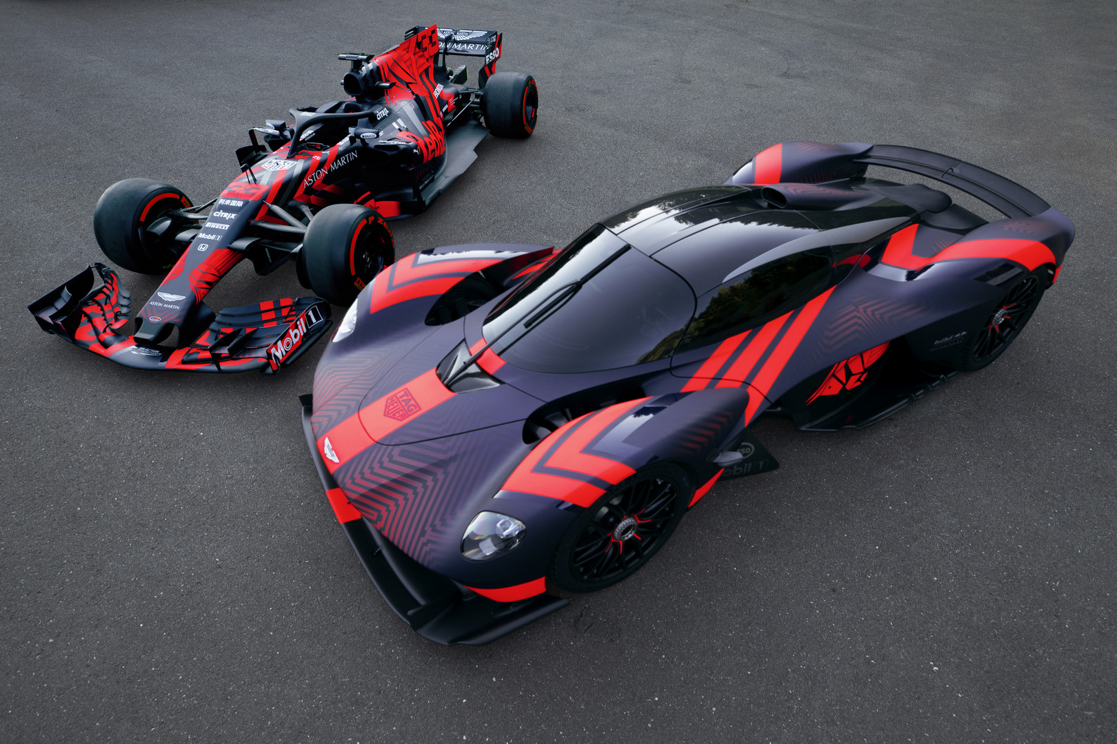 Aston Martin Valkyrie vs F1 Car