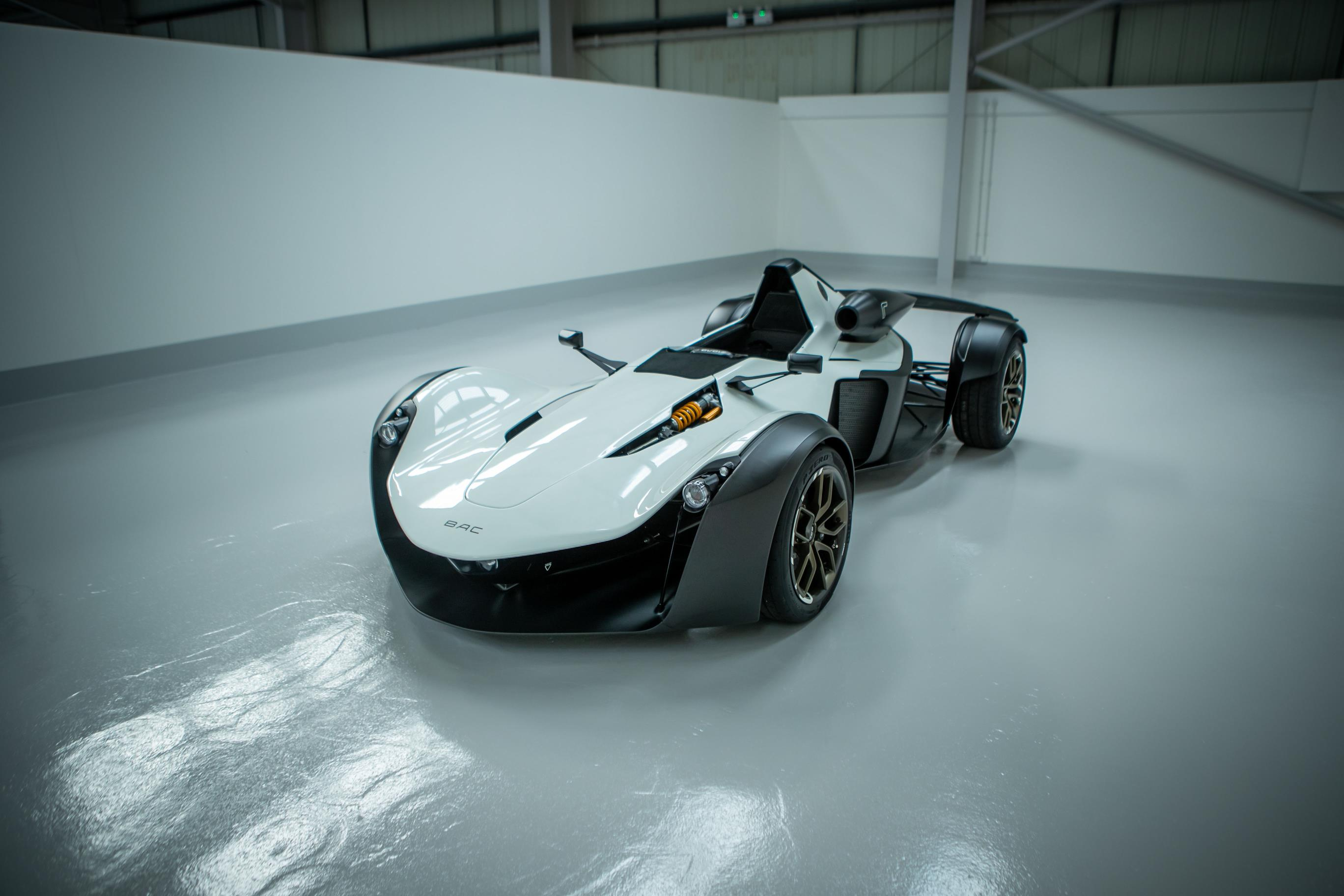 BAC MONO R Wallpaper