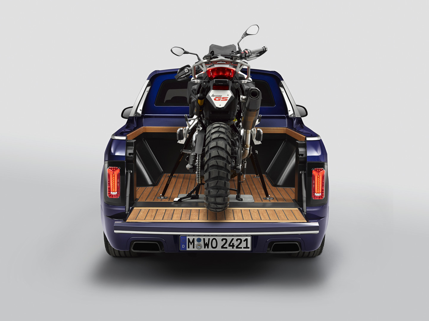 BMW X7 Pick-up Bike