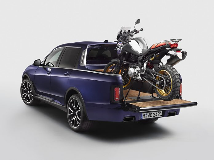 BMW X7 Pick-up Rear