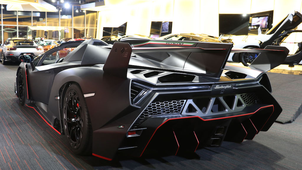 Lamborghini Veneno Roadster Rear Wing