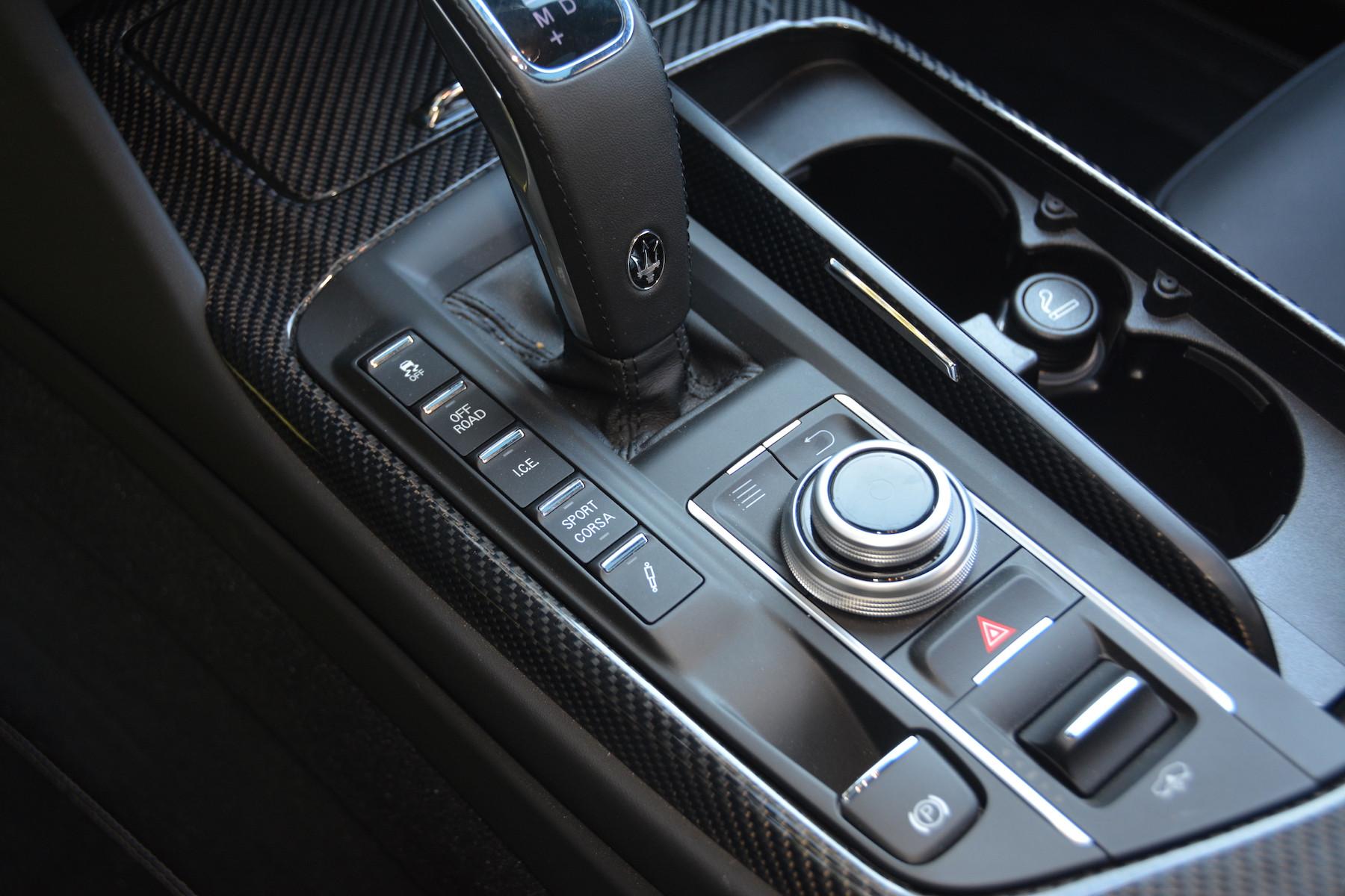 Maserati Levante Trofeo Gear