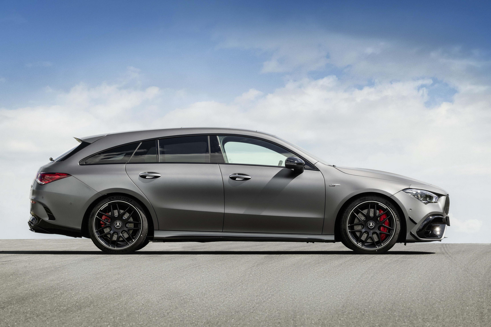 Mercedes-AMG CLA 45 S Shooting Brake Length