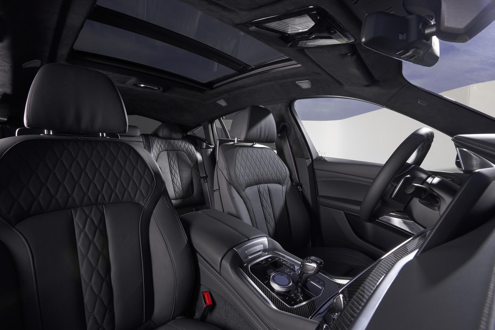 BMW X6 M50i Seats