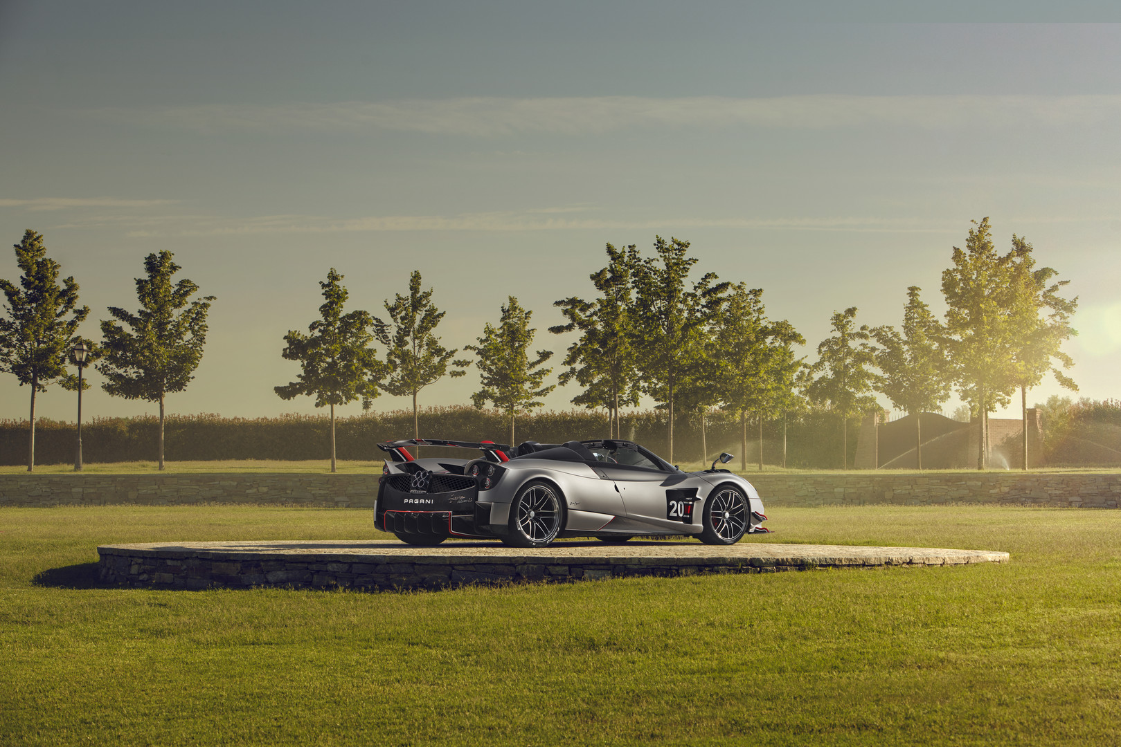Pagani Huayra Roadster BC unveiled with R50m price tag!