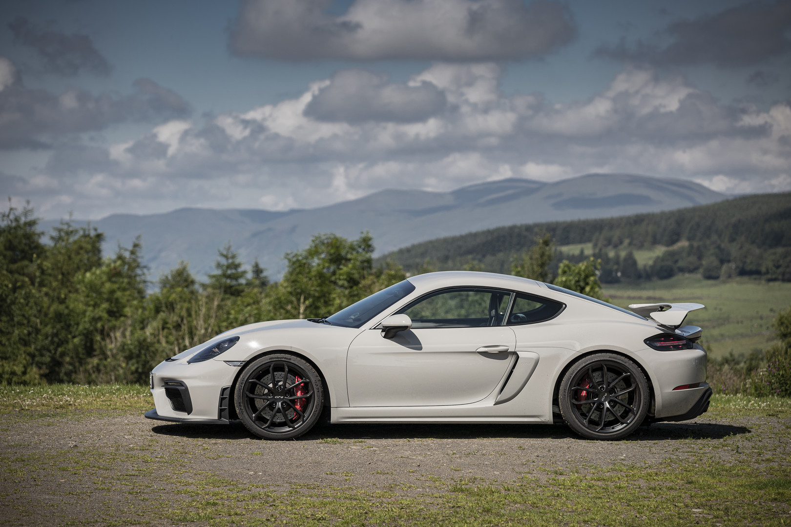 Porsche 718 Cayman GT4 Side View