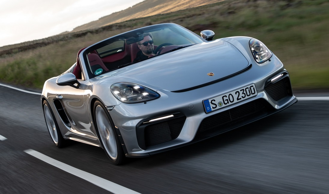 Porsche 718 Spyder Review