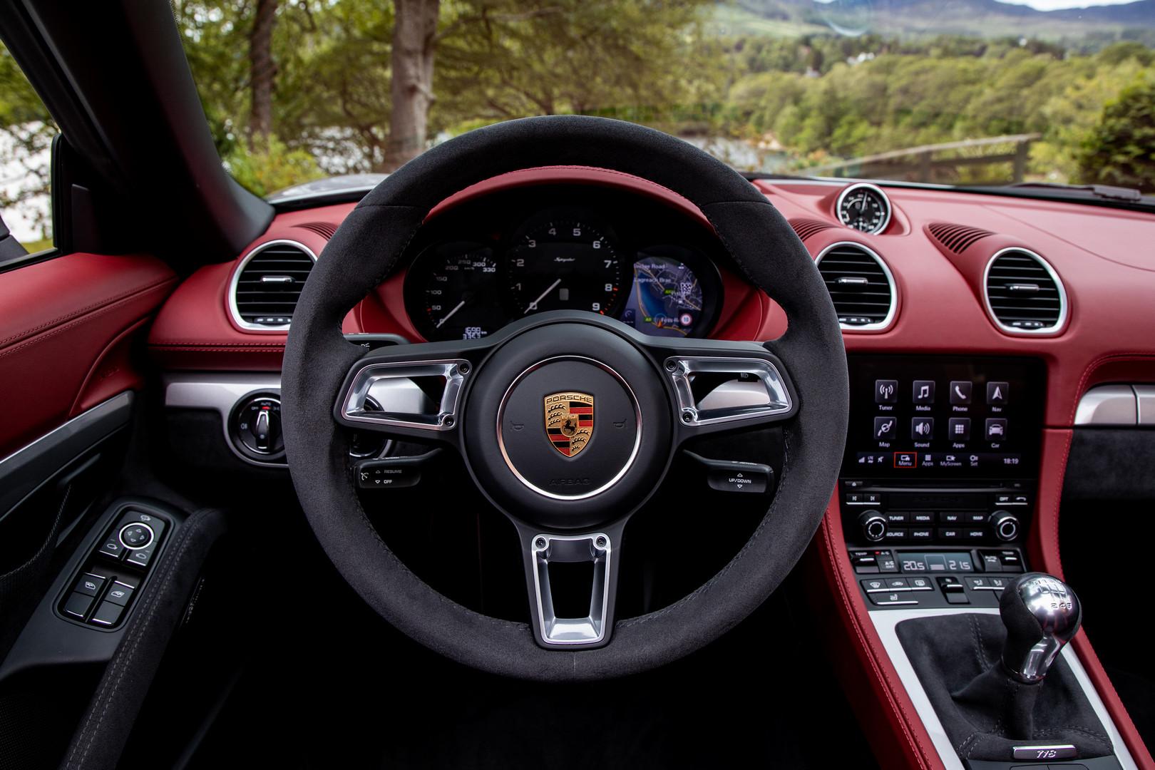 Porsche 718 Spyder Steering Wheel