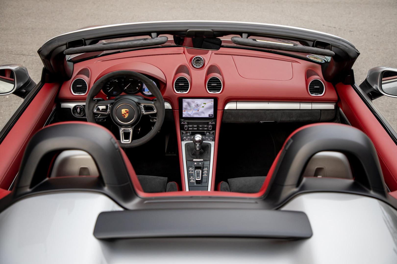 Porsche 718 Spyder Leather Interior