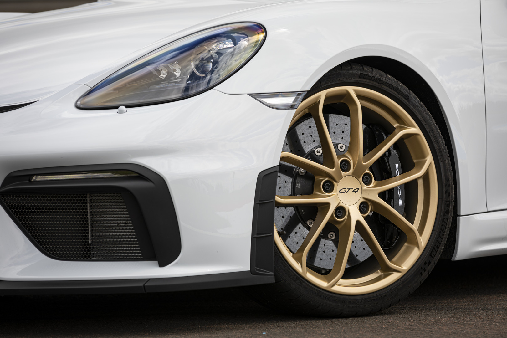 Porsche Gold Wheels