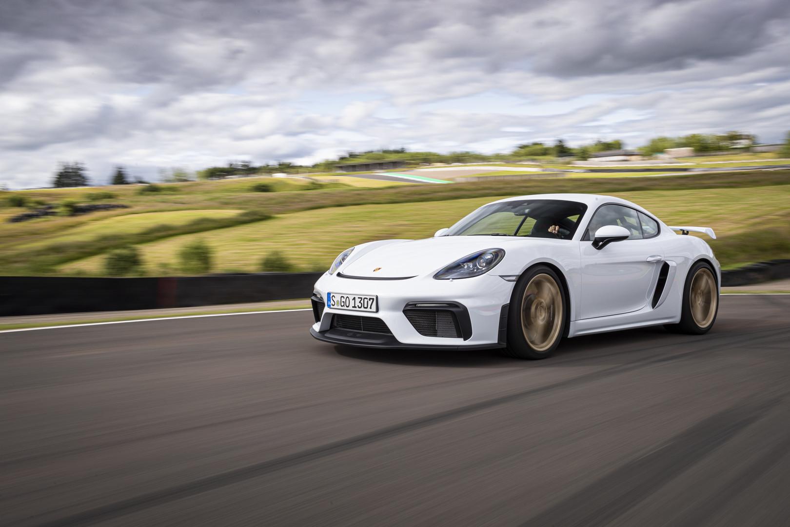 White Porsche 718 Cayman GT4