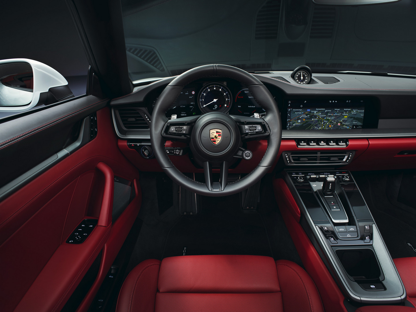 2019 Porsche 911 Carrera Interior