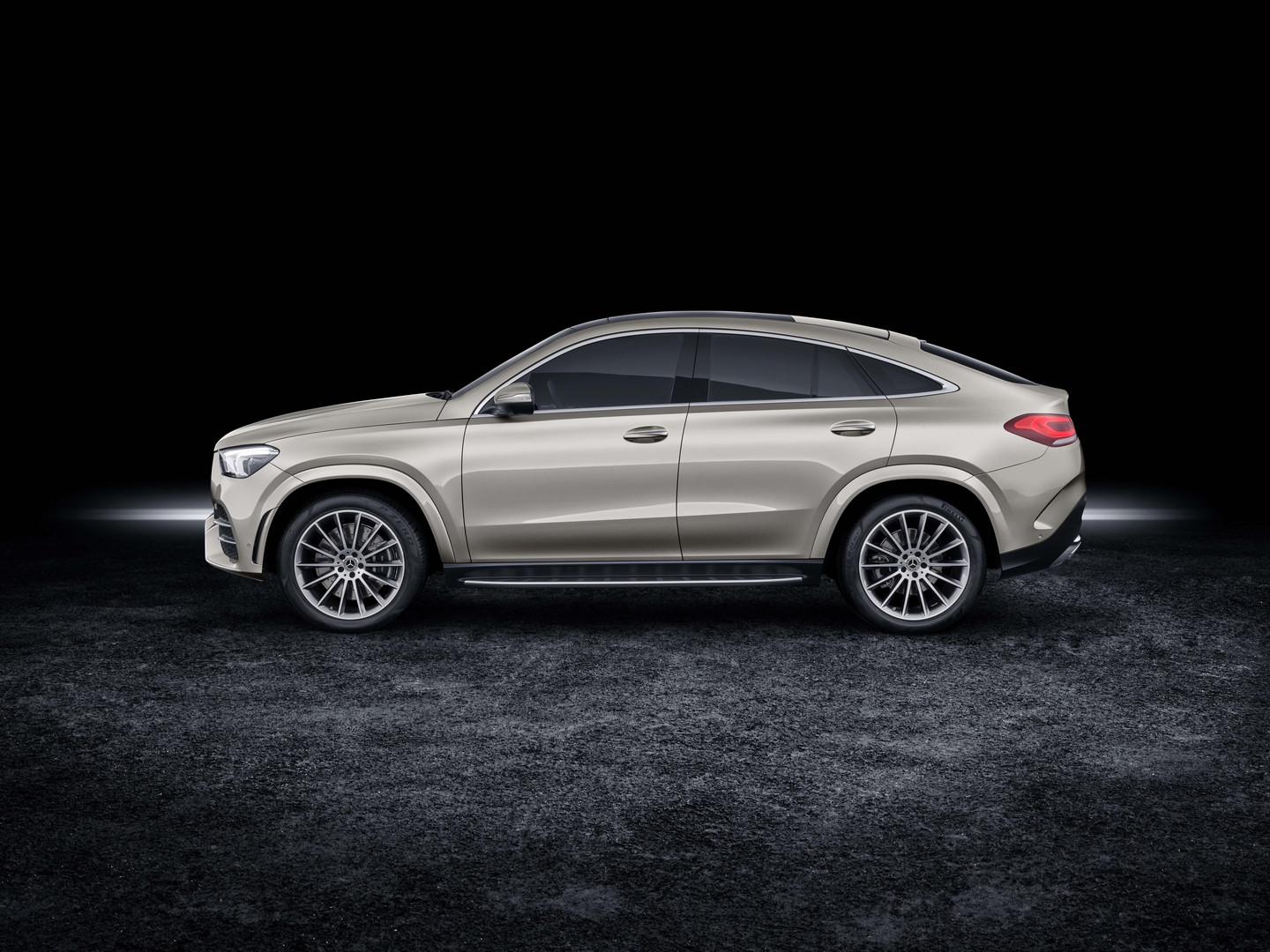 2020 Mercedes-Benz GLE Coupe Side View