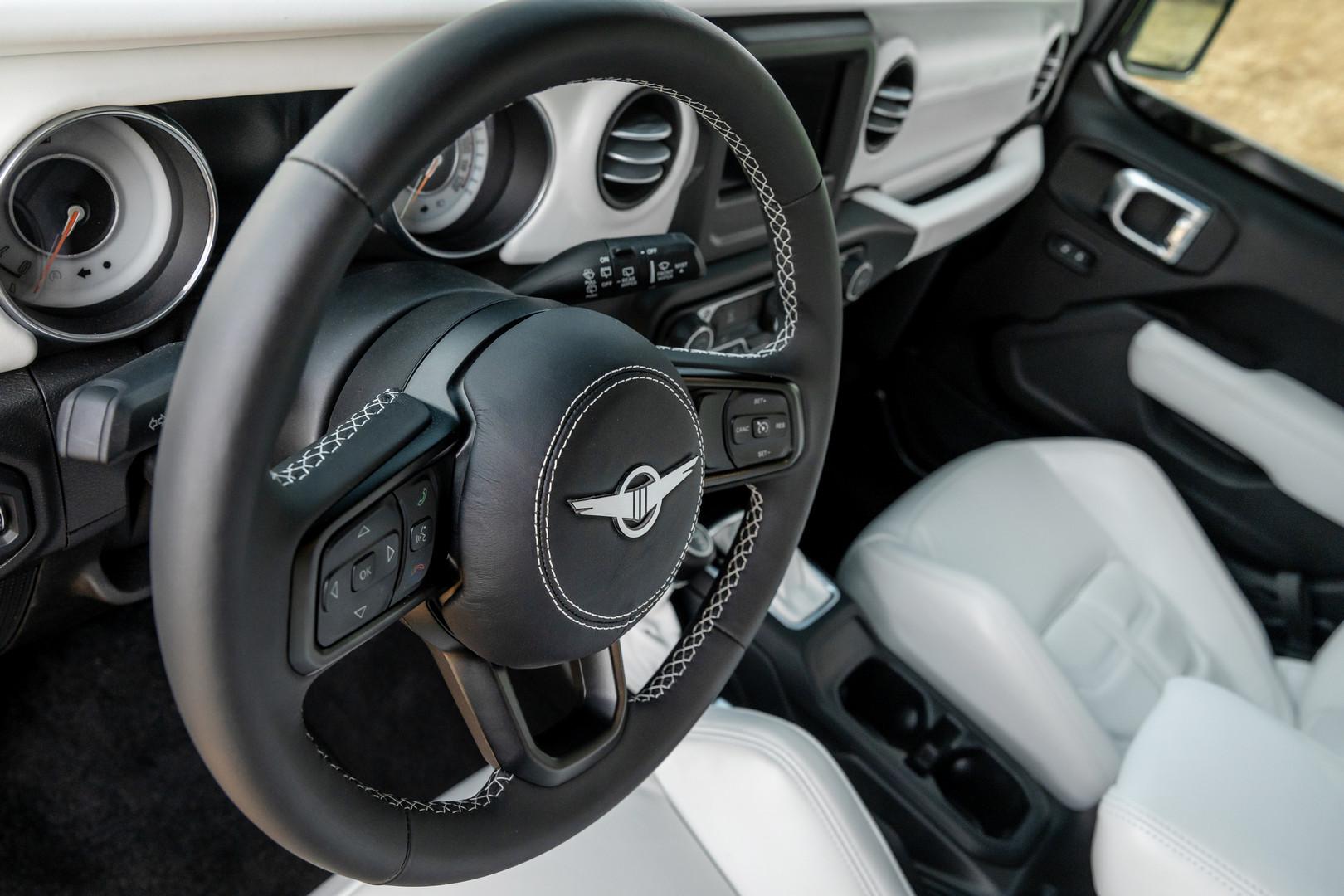 2020 rezvani tank steering wheel