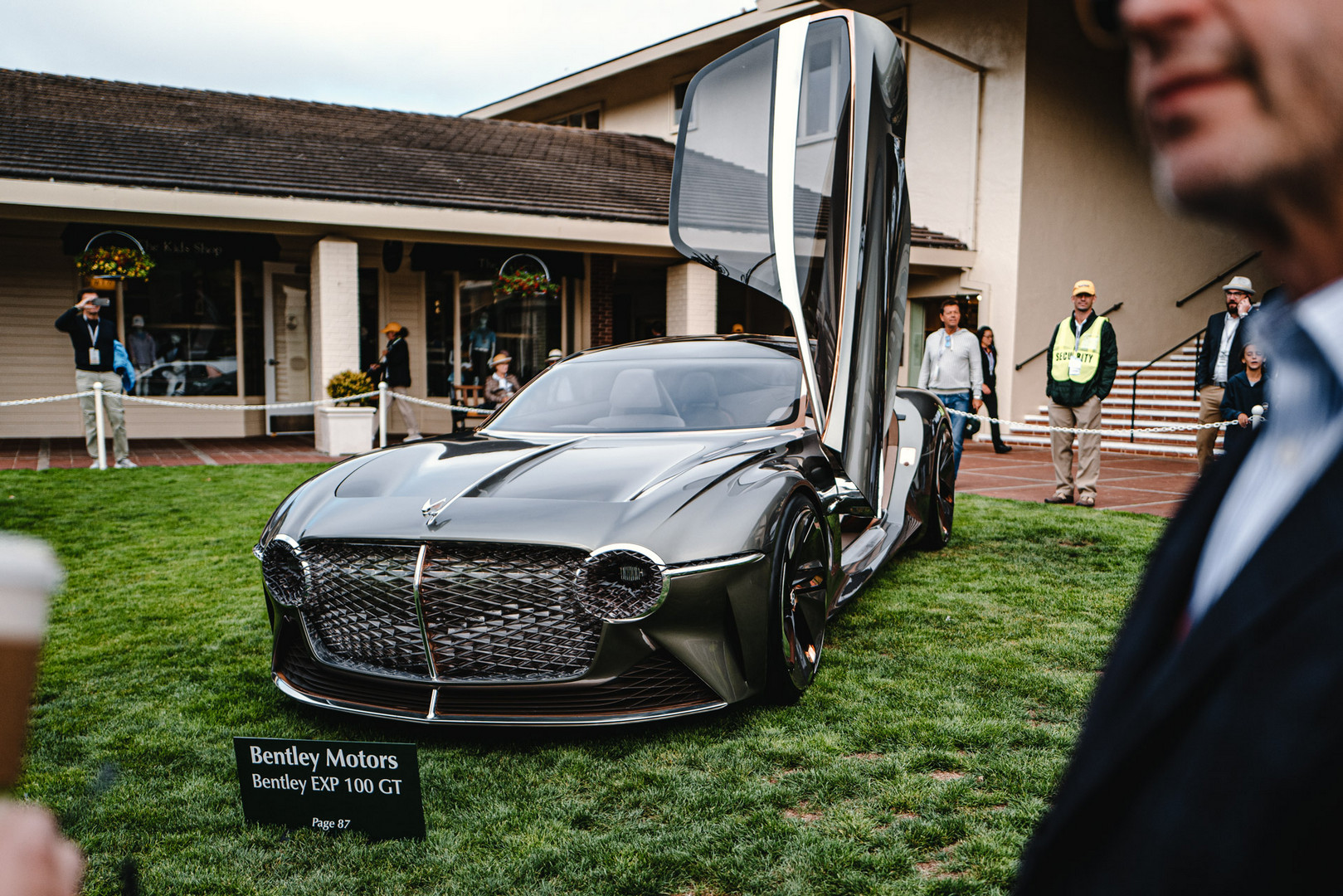 Bentley EXP100 GT Front