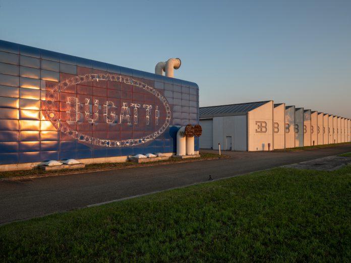 Bugatti Blue Factory EB 110 Campogalliano