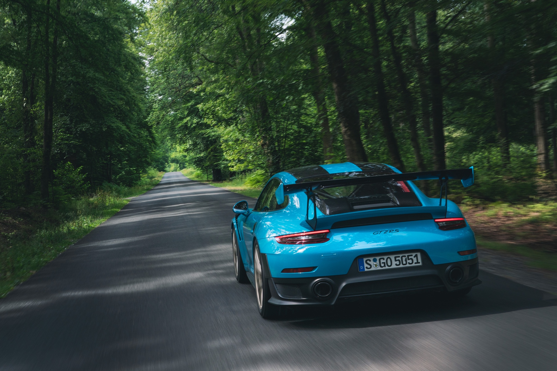 2019 Porsche GT2 RS Review