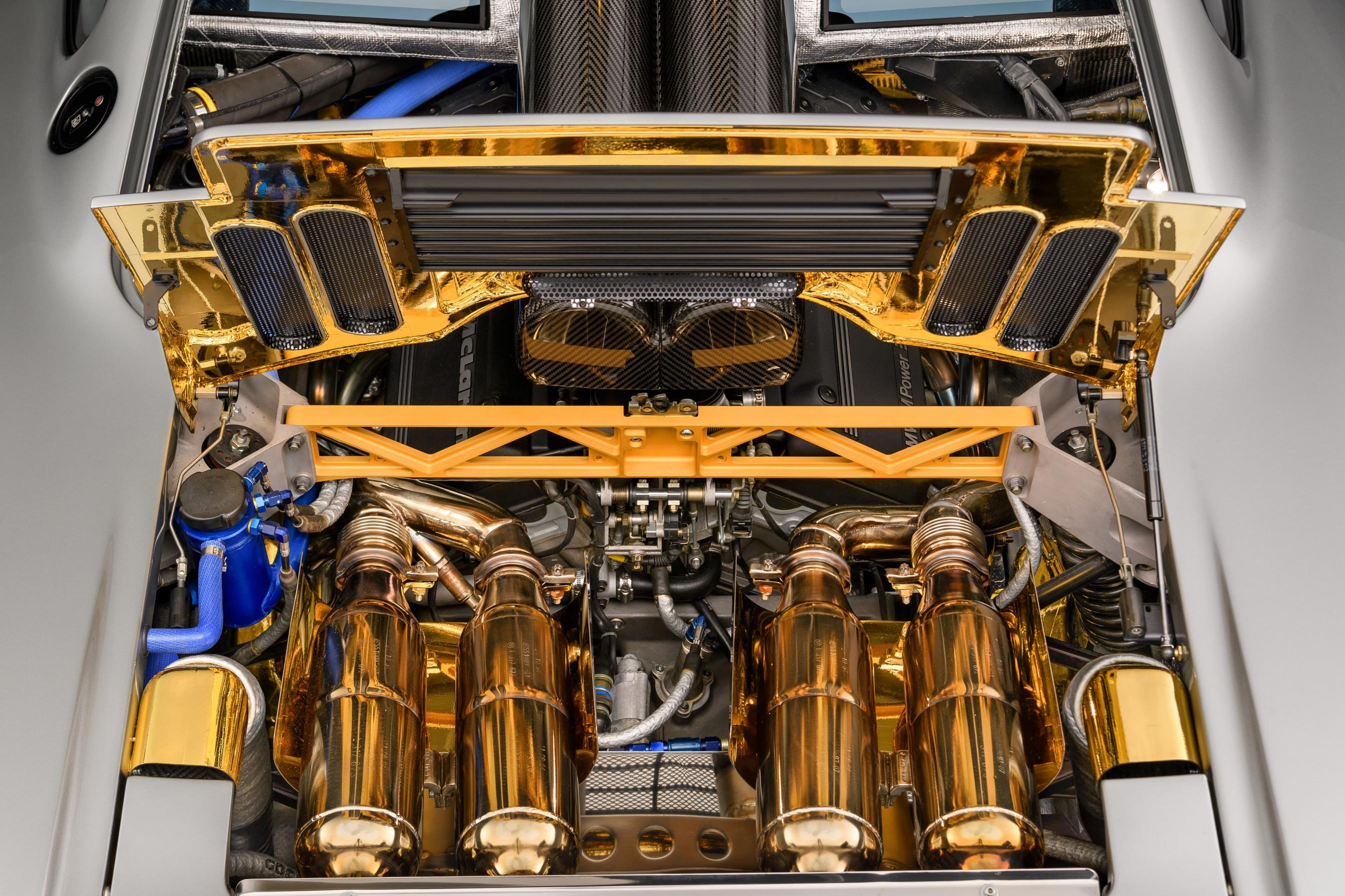 McLaren F1 Gold Engine