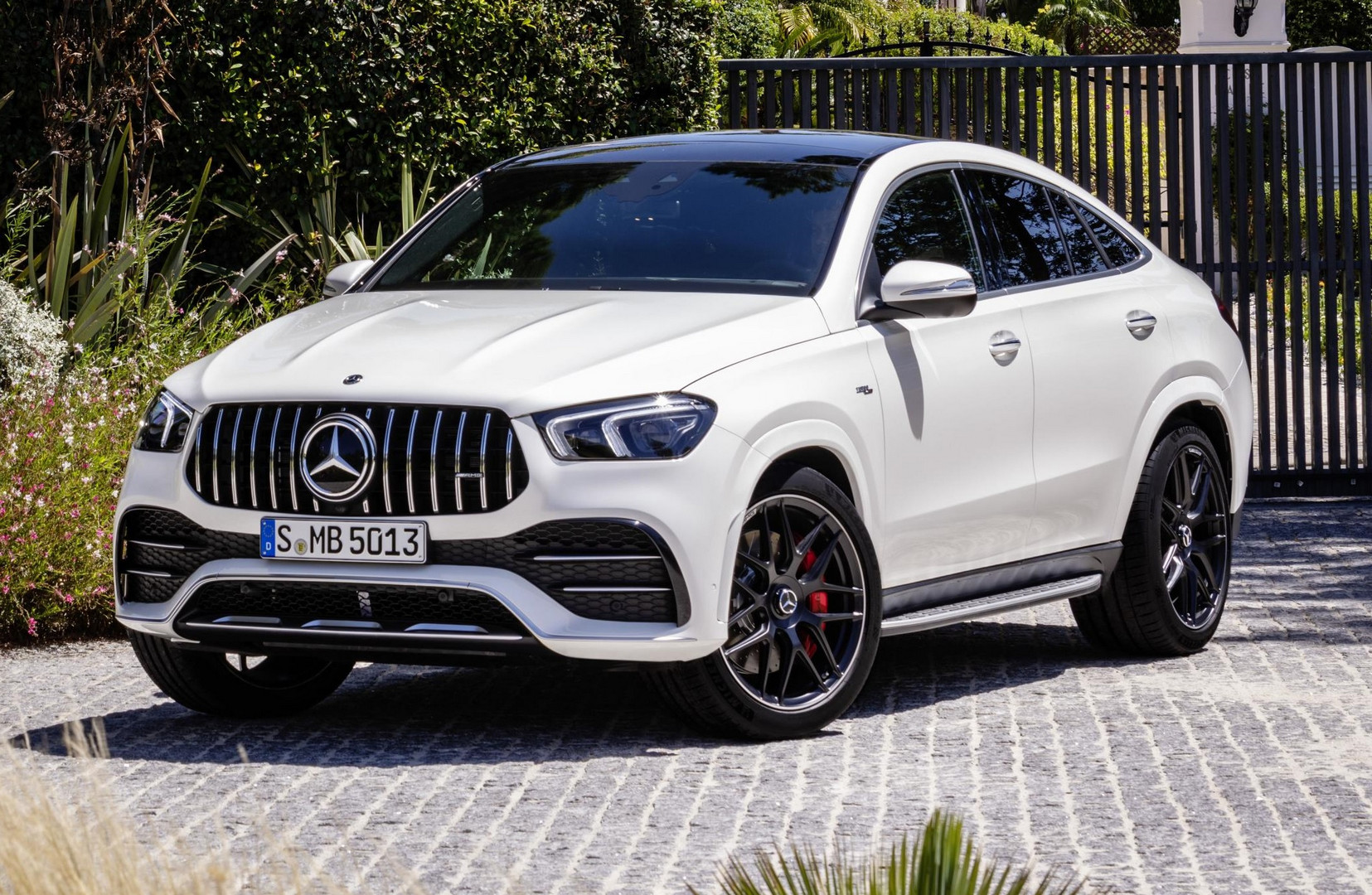 Mercedes-AMG GLE 53 Coupe 0-100