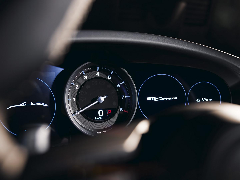 Porsche 992 Rev meter