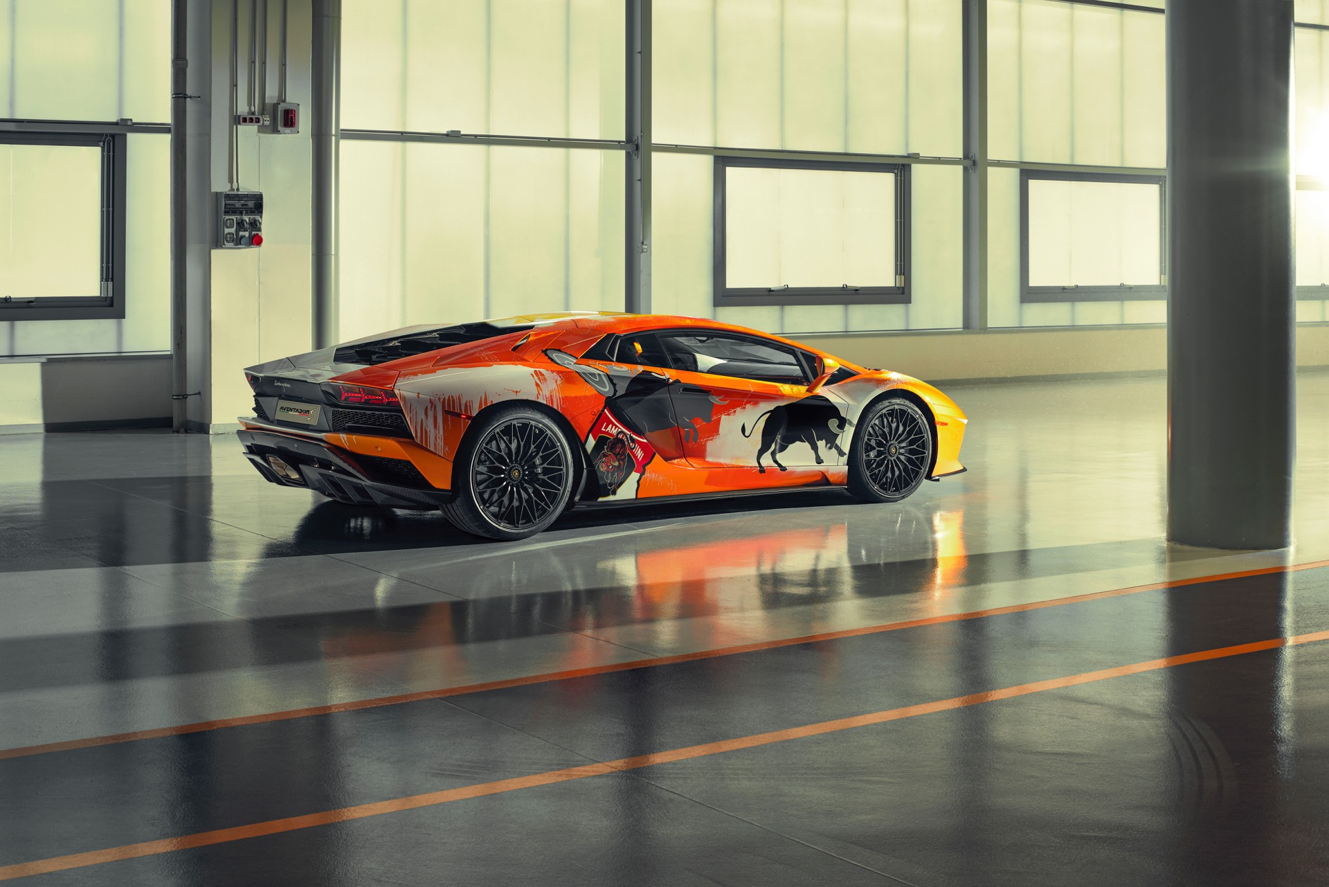 Skyler Grey Creates Lamborghini Aventador S Art Car