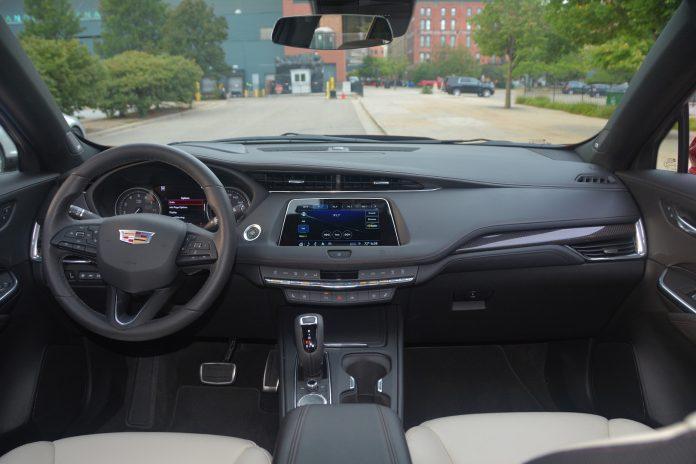 2019 Cadillac XT4 Interior