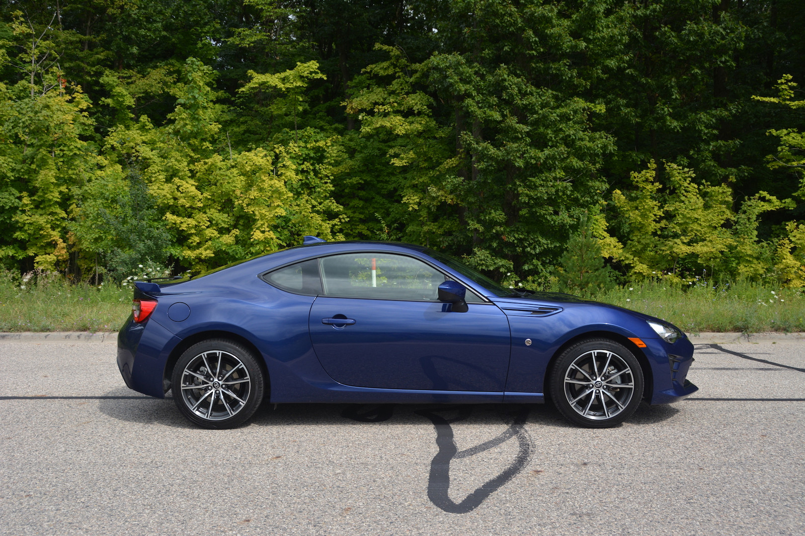 2019 Toyota GT86 Side View
