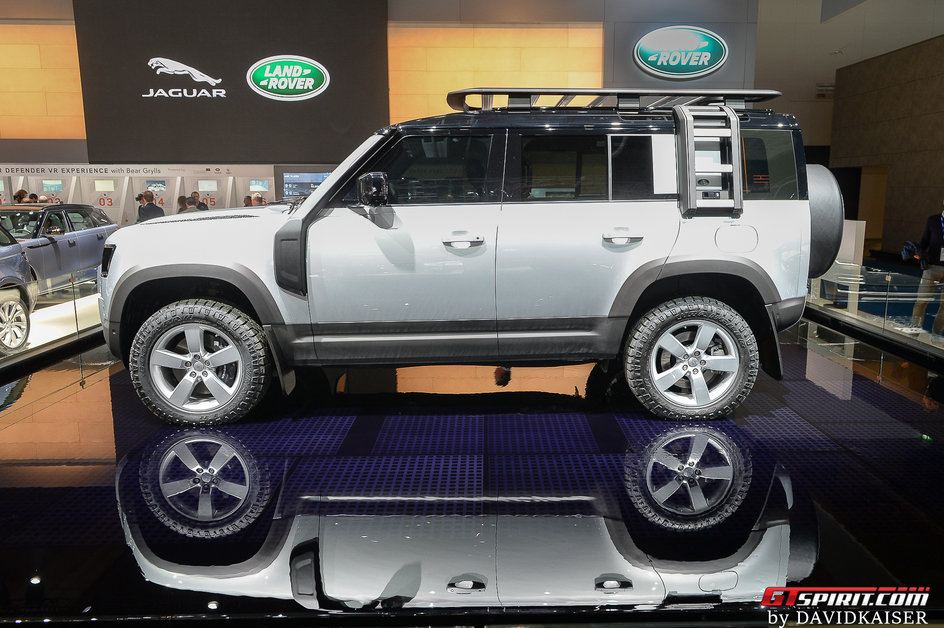 2020 Land Rover Defender 110 Side