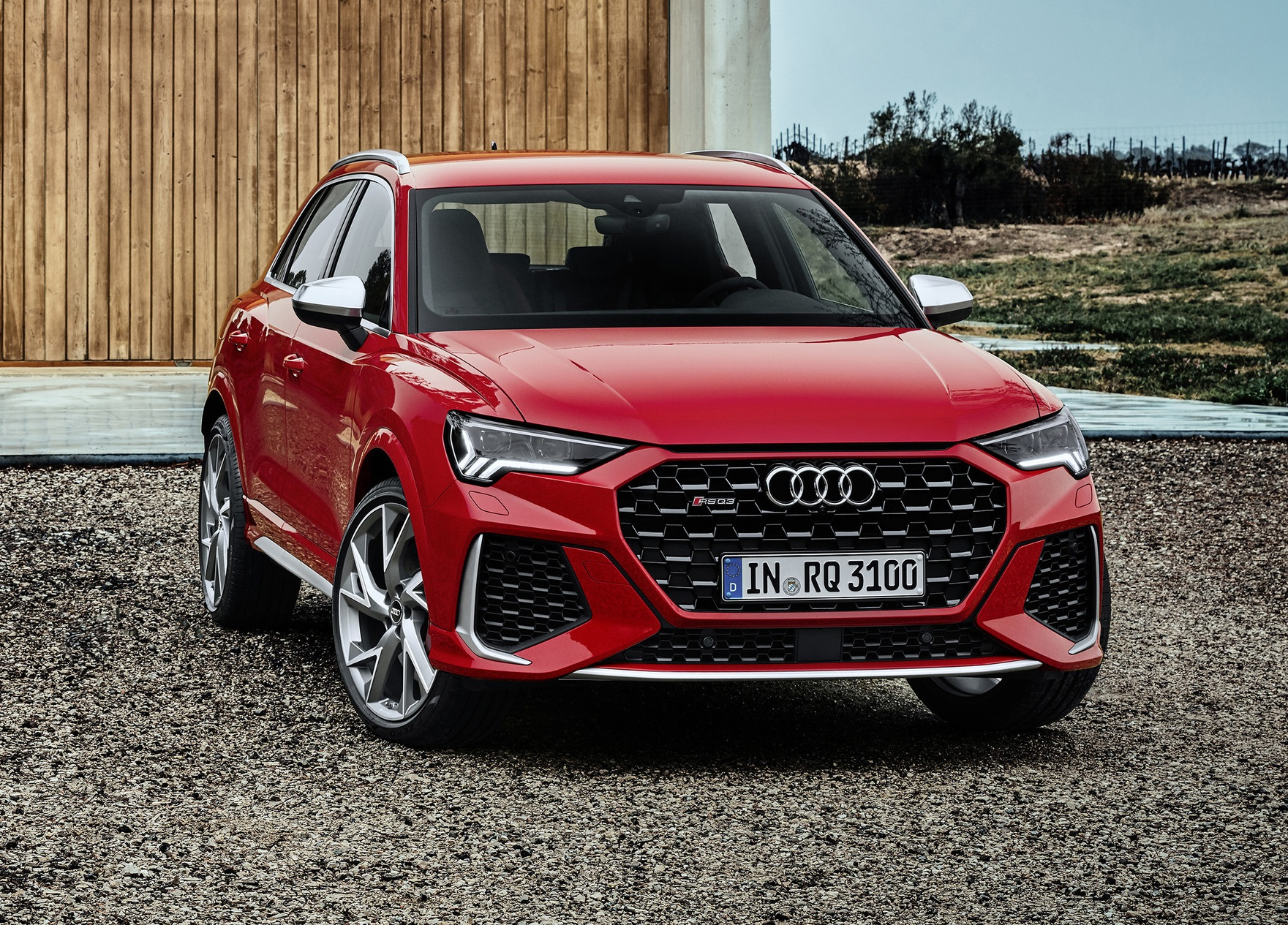Red Audi RS Q3