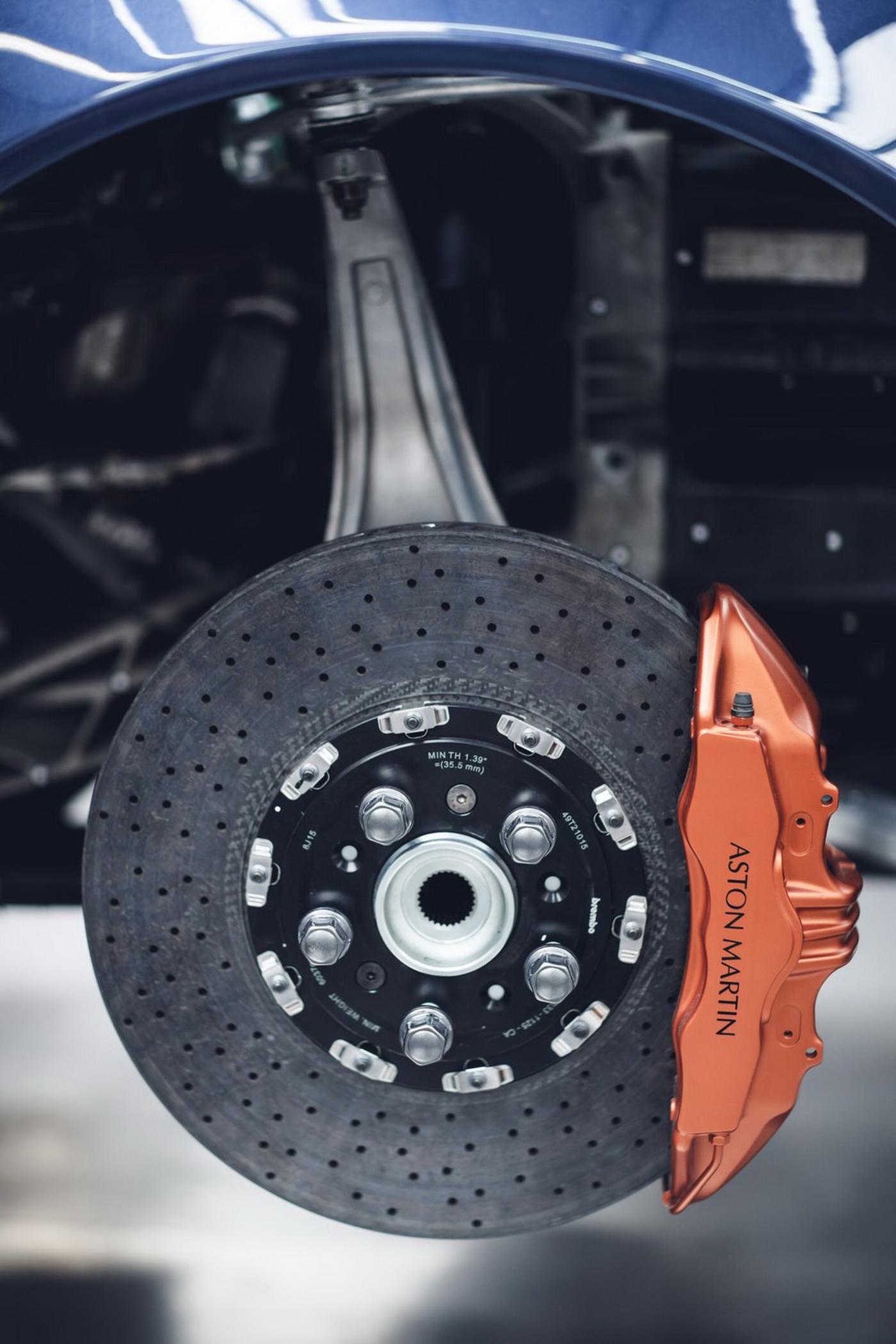 Aston Martin Vanquish 25 Brakes