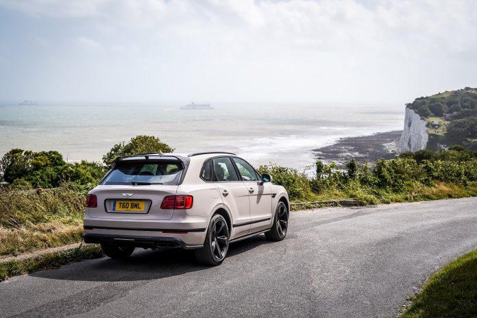 Bentley Bentayga V8 Exterior Test Drive Review