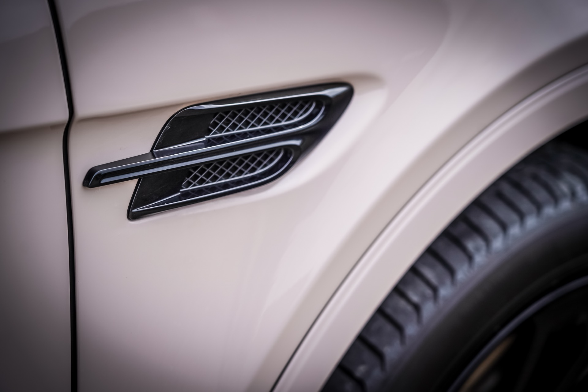Bentley Bentayga V8 Details Test Drive Review